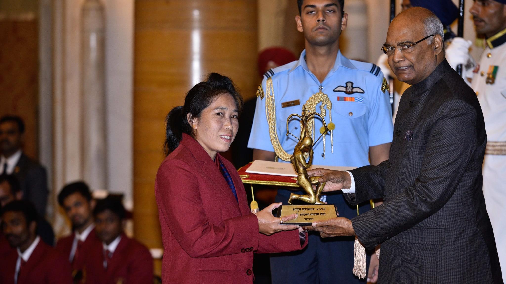 President Ram Nath Kovind presents the Arjuna Award, 2017 to Oinam Bembem Devi for Football on August 29, 2017 in New Delhi, India.
